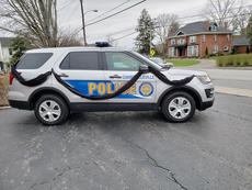 """<div class=""""source"""">Josh Claywell</div><div class=""""image-desc"""">A Campbellsville Police cruiser was draped in black to honor Williams</div><div class=""""buy-pic""""><a href=""""/photo_select/66730"""">Buy this photo</a></div>"""