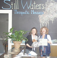 """<div class=""""source""""></div><div class=""""image-desc"""">Beth Hollingsworth, at right, from Stillwaters Massage, receives this year's Friday award. BPW honors a woman in the community for each day of National Business Women's Week, which was Oct. 8-12.</div><div class=""""buy-pic""""></div>"""