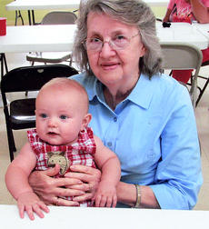 "<div class=""source""></div><div class=""image-desc"">Frances Beams Skaggs was the oldest family member attending, and Mason Glover, 8 months, was the youngest.</div><div class=""buy-pic""></div>"