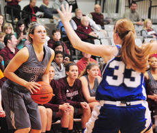 "<div class=""source"">Richard RoBards</div><div class=""image-desc"">Courtney Clifton prepares to nail one of her six three-pointers in Campbellsville's 89-49 home romp over Lindsey Wilson.</div><div class=""buy-pic""></div>"