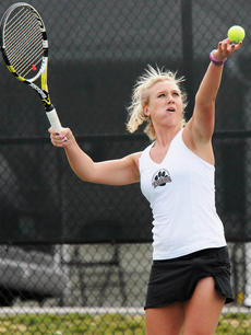"""<div class=""""source"""">Richard RoBards</div><div class=""""image-desc"""">Lindy Charity finished the week with a 3-0 record in singles and 1-2 record in doubles play.</div><div class=""""buy-pic""""></div>"""