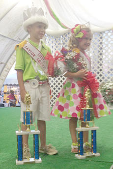 "<div class=""source""></div><div class=""image-desc"">Landree Ellen Button and Myles Caperon Shirley of Glasgow were named Little Miss and Mister.</div><div class=""buy-pic""></div>"