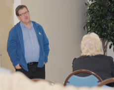 """<div class=""""source"""">Calen McKinney</div><div class=""""image-desc"""">Dr. Rick Durham, a horticulture specialist with the University of Kentucky, presented a gardening class at the Taylor County Extension Office on Tuesday, April 24.</div><div class=""""buy-pic""""><a href=""""http://web2.lcni5.com/cgi-bin/c2newbuyphoto.cgi?pub=085&orig=Gardening%2BClass%2B2.jpg"""" target=""""_new"""">Buy this photo</a></div>"""