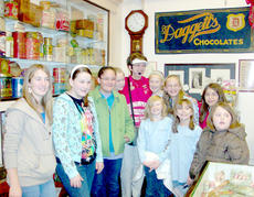"""<div class=""""source""""></div><div class=""""image-desc"""">Girl Scouts pictured from left are Lauren Johnson, Jenna Corbin, Kimberly Davis, Brooke Gilpin, Jill Schimpff (tour guide), Meredith Johnson, Sara Courtwright, Samantha Clark, Sara Clark, Brittany Rose and Sammy Greer.</div><div class=""""buy-pic""""><a href=""""http://web2.lcni5.com/cgi-bin/c2newbuyphoto.cgi?pub=085&orig=Girl%2BScouts%2Btrip.jpg"""" target=""""_new"""">Buy this photo</a></div>"""