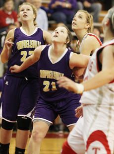 """<div class=""""source"""">Dennis George</div><div class=""""image-desc"""">Keena Angel, Graison Biggs of Campbellsville and Taylor County's Rachel Riggs wait for a potential rebound.</div><div class=""""buy-pic""""><a href=""""/photo_select/34366"""">Buy this photo</a></div>"""