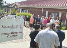"""<div class=""""source"""">Calen McKinney</div><div class=""""image-desc"""">Community members, family and friends gather at Campbellsville University last Thursday to dedicate a courtyard to the late Frances Clinkscales, who was known for her civic and community service.</div><div class=""""buy-pic""""><a href=""""/photo_select/40107"""">Buy this photo</a></div>"""