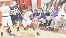 """<div class=""""source"""">Bobby Brockman</div><div class=""""image-desc"""">There will be four games each day, Thursday through Saturday in Paul J. Coop Gymnasium, at the Campbellsville Holiday Classic, sponsored by Campbellsville University.</div><div class=""""buy-pic""""><a href=""""http://web2.lcni5.com/cgi-bin/c2newbuyphoto.cgi?pub=085&orig=Pre-Christmasbasketballtourneys.jpg"""" target=""""_new"""">Buy this photo</a></div>"""