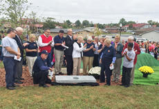 "<div class=""source"">Zac Oakes</div><div class=""image-desc"">A commemorative marker bearing the names of Campbellsville Bicentennial Committee members was unveiled at the ceremony last Thursday. </div><div class=""buy-pic""><a href=""/photo_select/66180"">Buy this photo</a></div>"