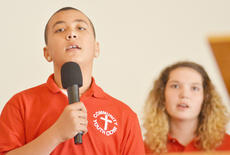 "<div class=""source"">Calen McKinney</div><div class=""image-desc"">Gavin Thompson, at left, and Samantha Choates sing with the Community Youth Choir. </div><div class=""buy-pic""><a href=""/photo_select/50200"">Buy this photo</a></div>"