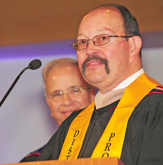 """<div class=""""source"""">Ye Wei """"Vicky""""</div><div class=""""image-desc"""">Joe Foster, assistant professor of business and economics, received the Distinguished Faculty Award for his 30 years of service to Campbellsville University.</div><div class=""""buy-pic""""></div>"""