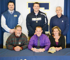 """<div class=""""source""""></div><div class=""""image-desc"""">CU signee Dalton Swank, a lineman from Elizabethtown, was the only player to make all-area on both sides of the football.</div><div class=""""buy-pic""""></div>"""