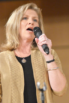 """<div class=""""source"""">Calen McKinney</div><div class=""""image-desc"""">Gail Godsey of the new group Harvest performs at Hearts To Help, a fundraiser concert on Saturday to raise money for Green River Ministries.</div><div class=""""buy-pic""""><a href=""""/photo_select/48498"""">Buy this photo</a></div>"""