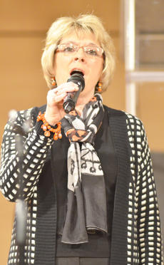 """<div class=""""source"""">Calen McKinney</div><div class=""""image-desc"""">Debbie Underwood of Love, Mercy & Grace, performs at Hearts To Help, a fundraiser concert on Saturday to raise money for Green River Ministries.</div><div class=""""buy-pic""""><a href=""""/photo_select/48510"""">Buy this photo</a></div>"""