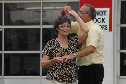 Phyllis and Jim Dorman of Campbellsville dance to a love song performed by Kaiser Bill on Monday afternoon.