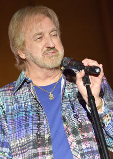 "Duane Allen sings ""That's What I Like About Christmas."""