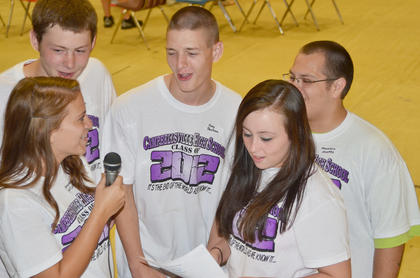 From left, Amythyst McColley, Daniel Dickens, Joey Benham, Courtney Pogue and Maurisio Montes sing karaoke.