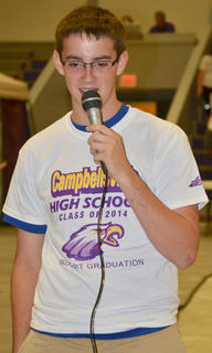Jagger Thomas sings karaoke at project graduation.