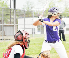 "<div class=""source"">Bobby Brockman</div><div class=""image-desc"">Kenzie Murrell went 3-3 for the Lady Eagles.</div><div class=""buy-pic""><a href=""/photo_select/44026"">Buy this photo</a></div>"