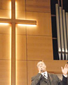 "<div class=""source"">Calen McKinney</div><div class=""image-desc"">Dr. Joseph L. Owens, pastor of Shiloh Missionary Baptist Church in Lexington, was the featured speaker at Sunday's worship service.</div><div class=""buy-pic""><a href=""/photo_select/35138"">Buy this photo</a></div>"
