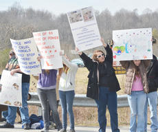 "<div class=""source"">Calen McKinney</div><div class=""image-desc"">About 50 protestors rallied at the Taylor County Animal Shelter on Saturday in the second rally to save the shelter.</div><div class=""buy-pic""><a href=""http://web2.lcni5.com/cgi-bin/c2newbuyphoto.cgi?pub=085&orig=Shelter%2BProtest%2B%25232%2B13.jpg"" target=""_new"">Buy this photo</a></div>"