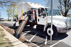 "<div class=""source"">Bobby Brockman</div><div class=""image-desc"">The city of Campbellsville has a new leaf disposal system, known as the XtremeVac Leaf Collector.</div><div class=""buy-pic""><a href=""/photo_select/66083"">Buy this photo</a></div>"