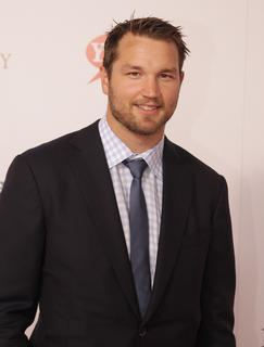NHL star Rick Nash of the Columbus Blue Jackets walks the red carpet at the Kentucky Derby.