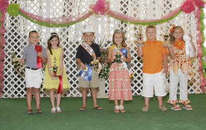 Little Miss & Mister Taylor County Fair winners are, from left, first runners-up Chloe Grace Wesley and Briar Douglas Elmore, winners Harper Ann Johnson and Trace Higdon and second runners-up Cady Grace Taylor and Hayden Andrew Loy.